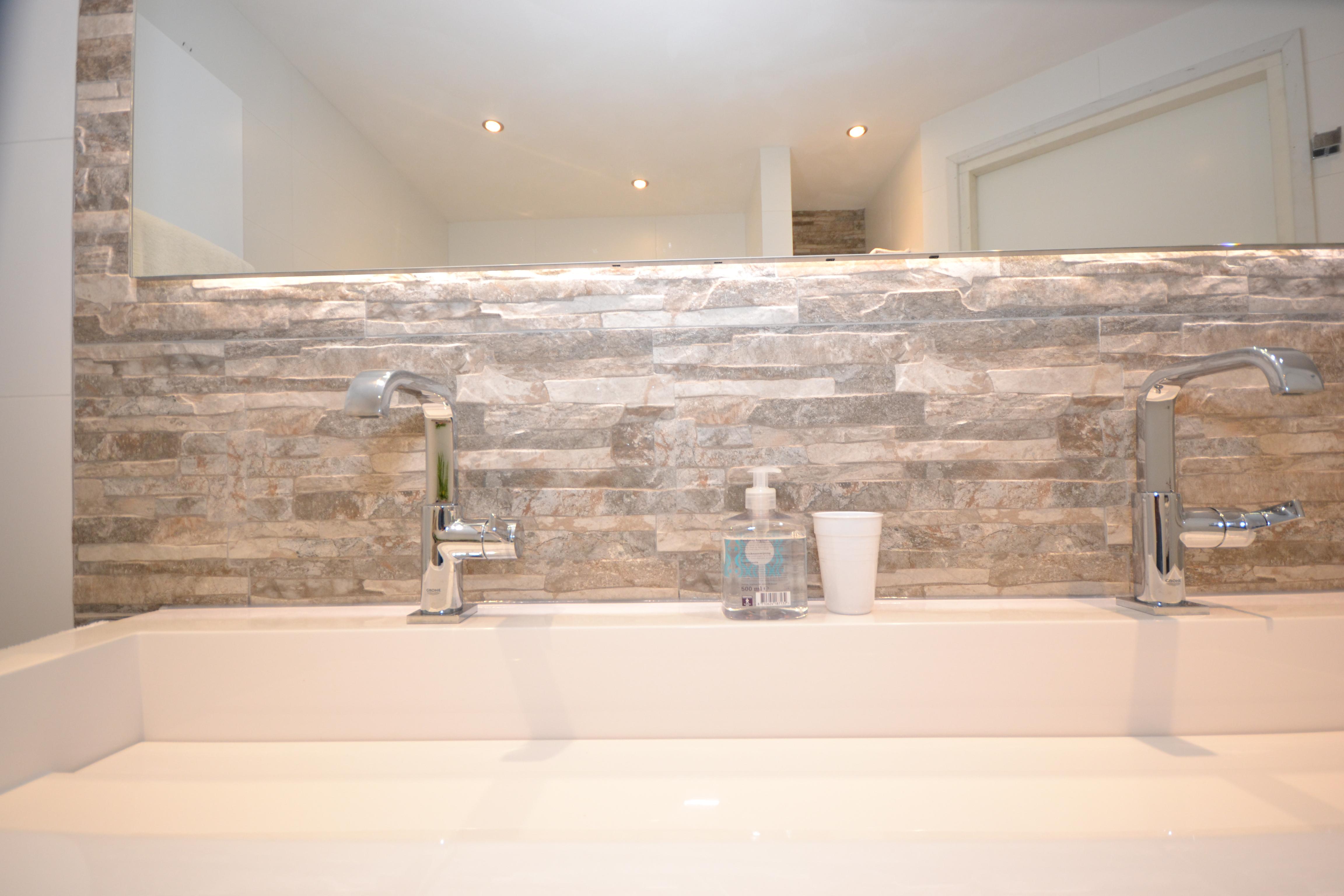 Luxe Badkamer Interieur : Luxe badkamer uden zuid ba s