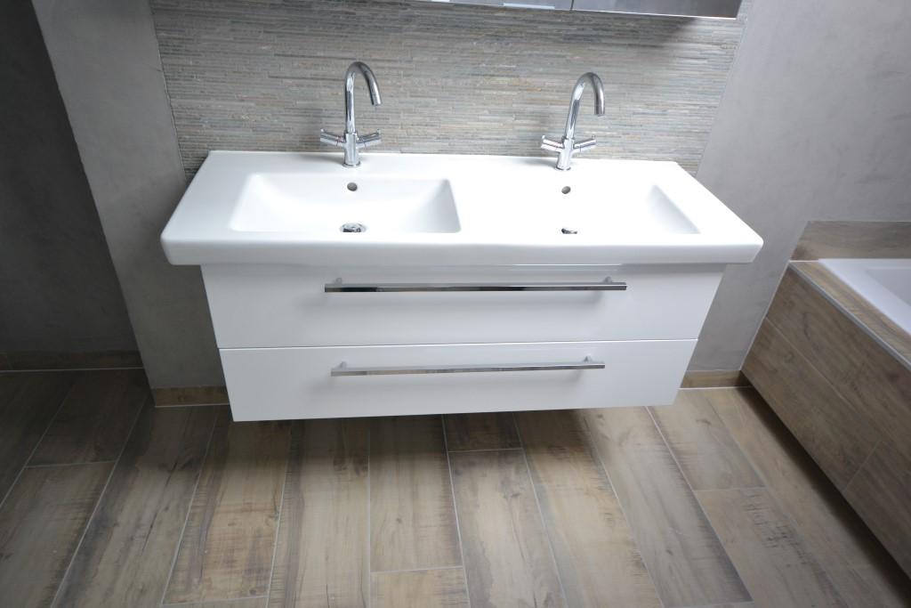 Badkamermeubel Met Stoomdouchecabine : Luxe badkamer met stoomcabine ba s